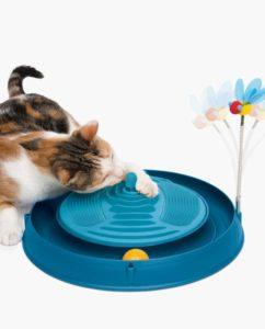 Sélection d'accessoires de Noël pour votre chat : le circuit avec balle, bande de massage et herbe à chat de Catit